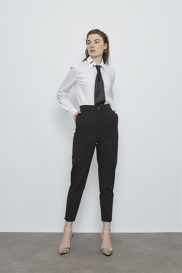 Classic Trousers With Elastic Back