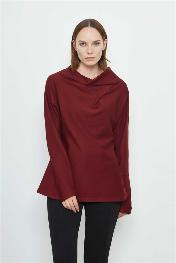 Low Neck Detailed Blouse