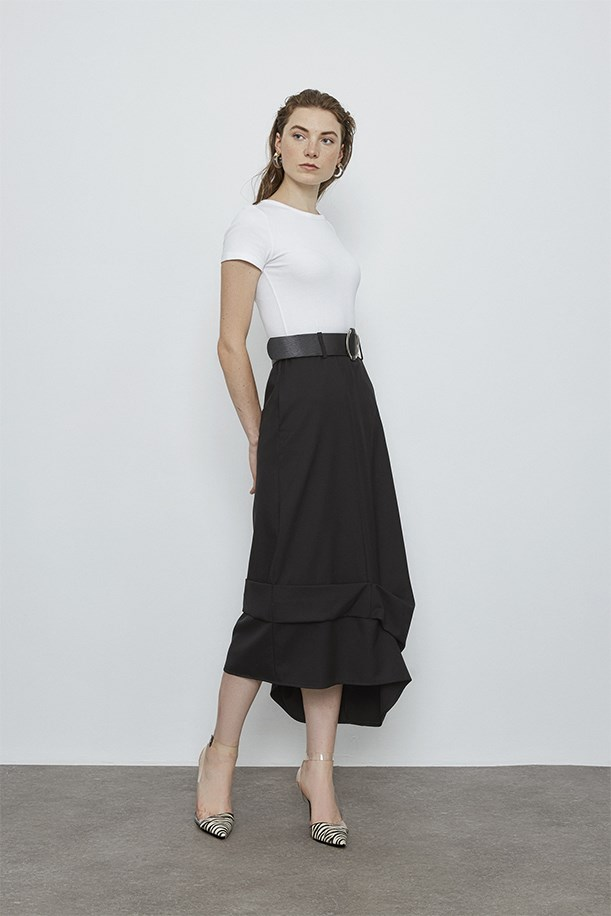 Belt And Pleat Detailed Skirt