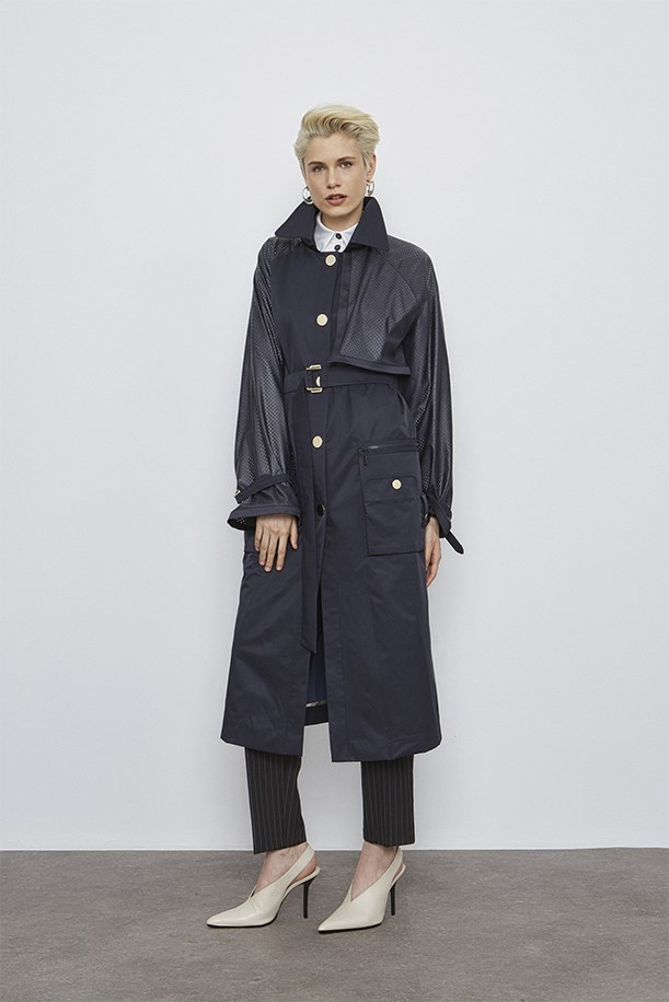 Sleeve Lazer Cut Detailed Trenchcoat