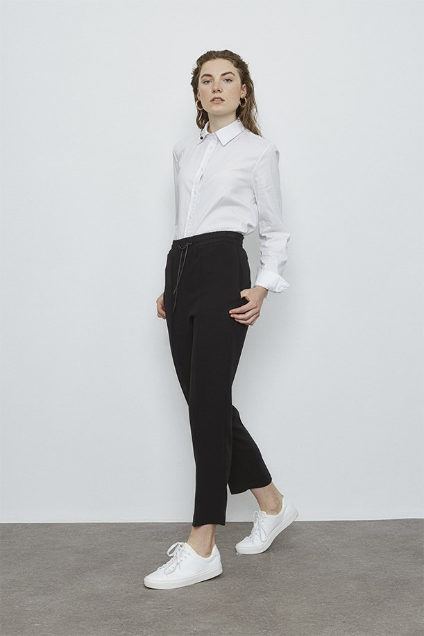 Lace-Up Trousers With Eyelets