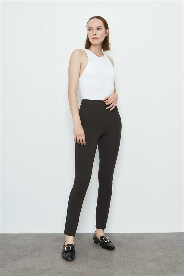 Ribbed Seam Trousers